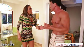 Too hot married guy is fucked by sex-starved cougar Richelle Ryan