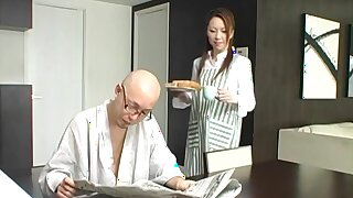 One of the goods Tomoe Hinatsu loves is sucking on a hard learn of